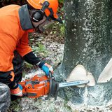 Best Husqvarna Chainsaw Reviews and Buying Guide